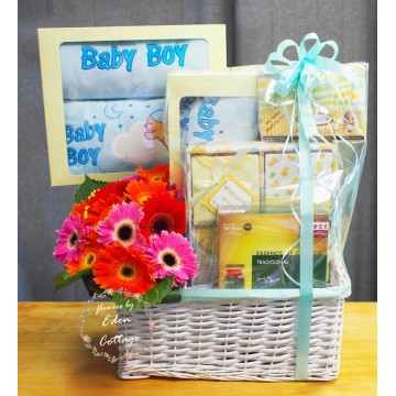 Baby Gifts Hamper NB13