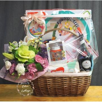 Baby Gifts Hamper NB30