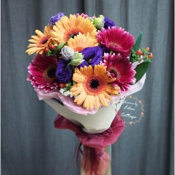 Gerbera Bouquet GHB2