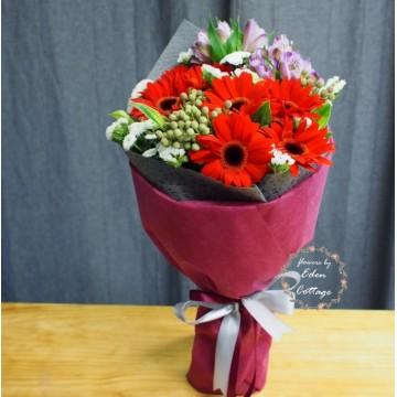 Gerbera Bouquet GHB4