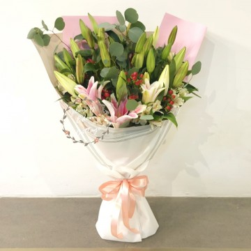 Lily White and Pink Bouquet HBL15
