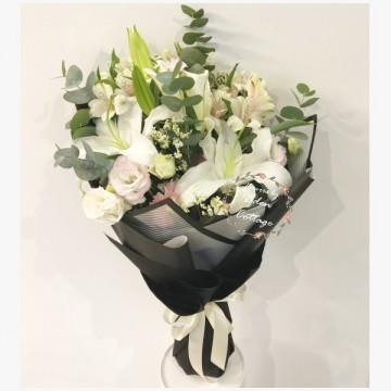 Lily Bouquet HBL3