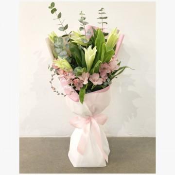 Lily Bouquet HBL6