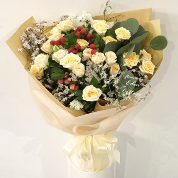 Roses Baby Champagne Bouquet HBR28