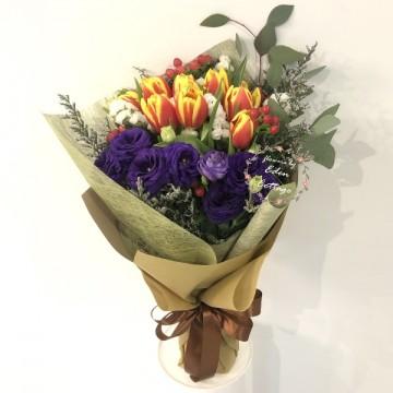 Tulips Orange Bouquet HBT7