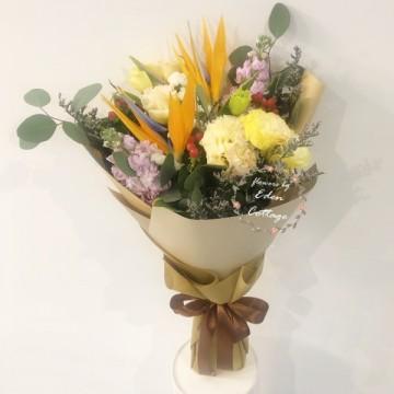 Unique Flowers Bouquet HBU3