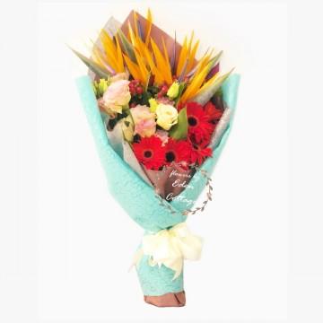 Unique Flowers Bouquet HBU8