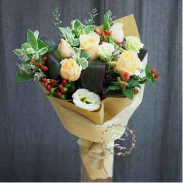 Roses Champagne Bouquet RHB1