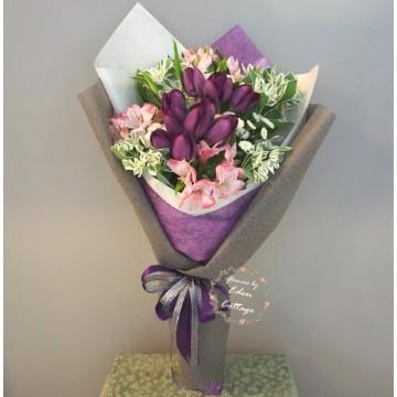 Tulip Purple Bouquet THB8