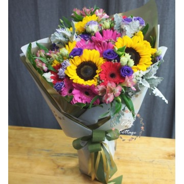 Unique Mix Flowers Bouquet UHB19
