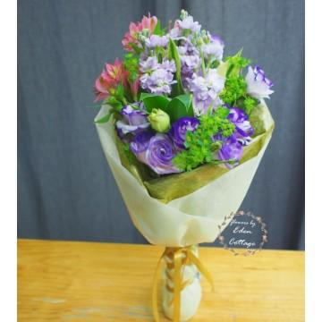 Unique Mix Flowers Bouquet UHB1