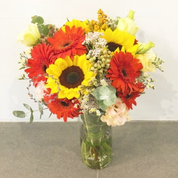 Sunflowers and Gerberas in vase FAV5