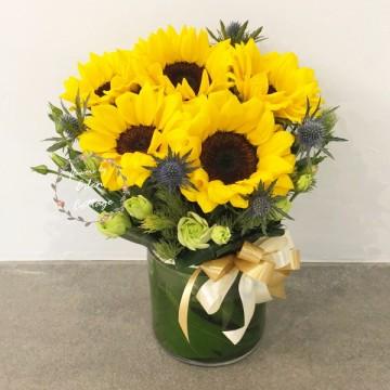 Sunflowers in vase FAV6
