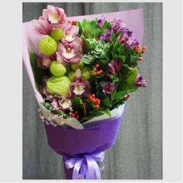 Orchid Cymbidium Bouquet OHB8