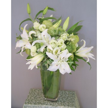 Lily Table Flowers TF21