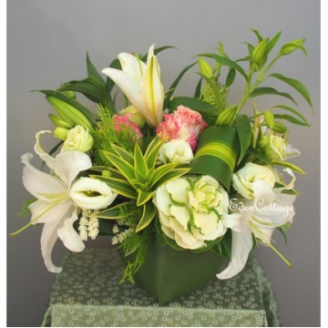 Lily Table Flowers TF03