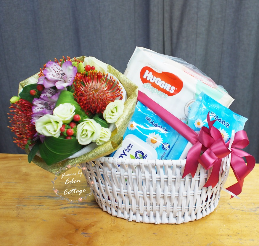 Baby Gifts Hamper NB33